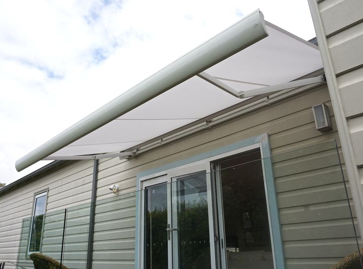 Luxaflex Garda Folding arm awning for entertainers. Motorised for convenience. Picture taken at customers home in Five Dock Sydney Australia  #parkshuttersandblinds