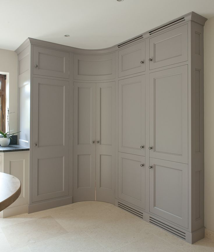 Tall-Painted-Curved-Farrow&Ball-Bespoke-Interiors63