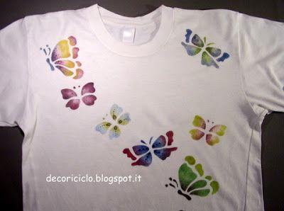 T-shirt farfalle multicolor