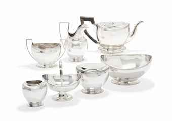 A DUTCH SILVER SEVEN-PIECE OVAL TEASET OF EARLY 19TH CENTURY STYLE MARK OF A. BONEBAKKER & ZOON, AMSTERDAM, 1913/14, WITH MODERN ENGLISH IMPORT MARKS Price realised  GBP 1,000