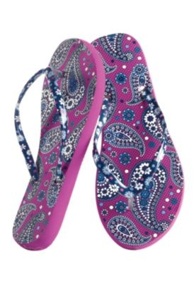 My feet are totally destroyed from wearing Flip Flops year 'round... I can't help it! I love my flippys!