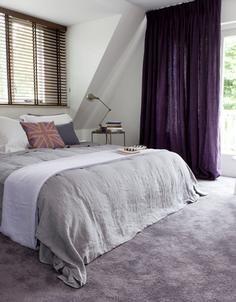 Parade vloerbedekking in de slaapkamer, type Palesse in paars tinten. #purple #rug #bedroom