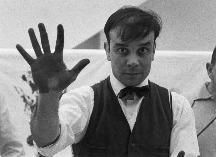 Yves Klein: Performing Art, Artists Faces, Klein Blue, Yves Klein, The Artist, Charles Paul, People, Photo, Yvesklein