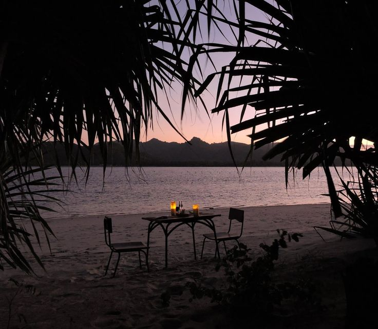 Upon request and with a little advanced notice we can arrange surprise romantic candle lit dinners on the beach for special occasions such as anniversaries and honeymooners or even proposals!  #candlelight #beach #specialdinner #surprise #sunsetview #romantic #oneofakind
