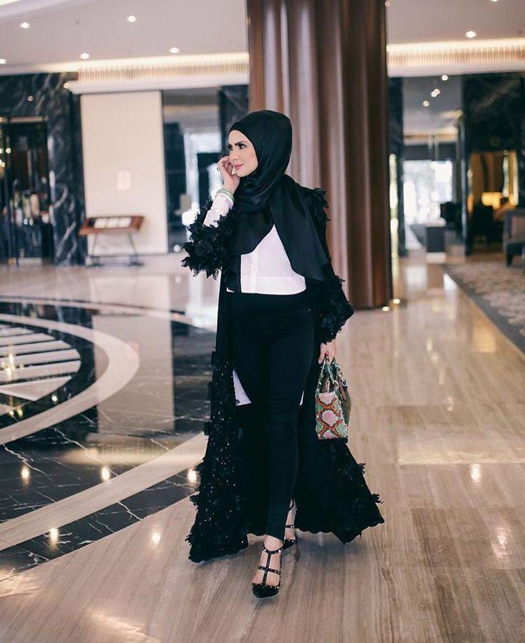 Casual Hijab Work Hijab Outfit Black White Outfit Hijab Ootd Hijab Fashion Follow Her Ig
