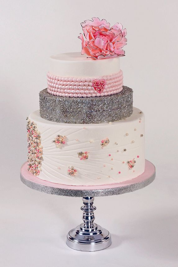 Pink & Grey Pearls Wedding Cake
