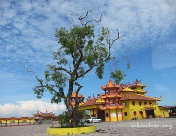 Temple in Sekinchan