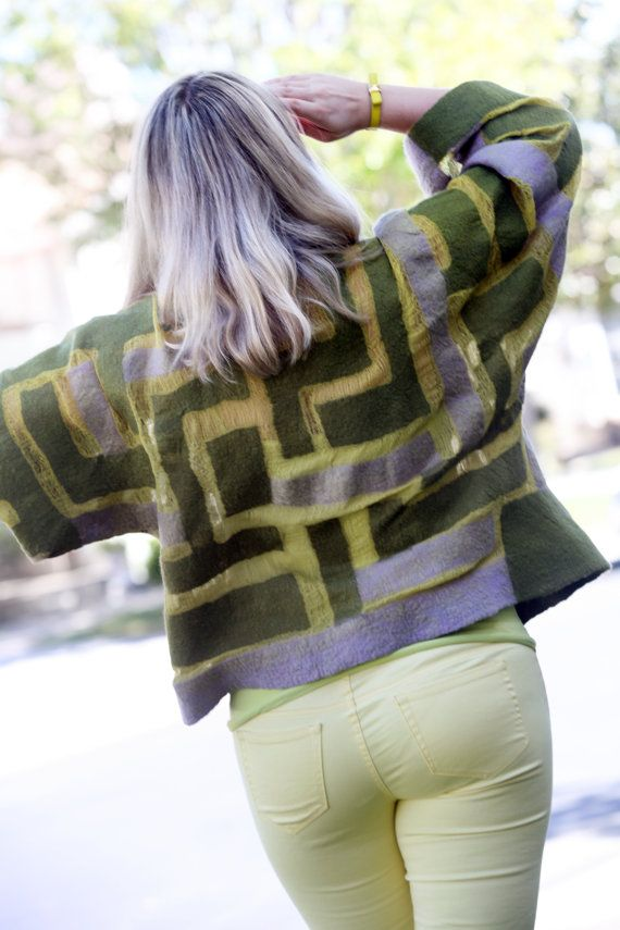 FELTING * NUNO FELTING * TUTORIAL * INSTRUCTIONS * PATTERN * JACKET * FELTED CLOTHES *  * BONUS * Free surprise bonus tutorial is included!  This is a TUTORIAL for making a light nuno felted kimono style jacket. Great project for beginners! Make yourself a perfect gift for spring / summer!  This is a good place to start if you have some (even very little) wet felting experience but have never made any clothes before. The kimono style jacket will fit almost anybody, and its very easy to m...