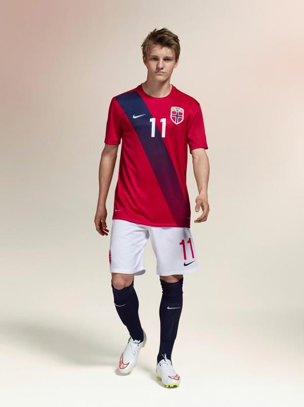 These are the new Norway kits 2015/16, the Norwegian national team's new home and away uniforms for the 15/16 season. Made by Nike (the first ever Nike ones for the Norwegian football team), …