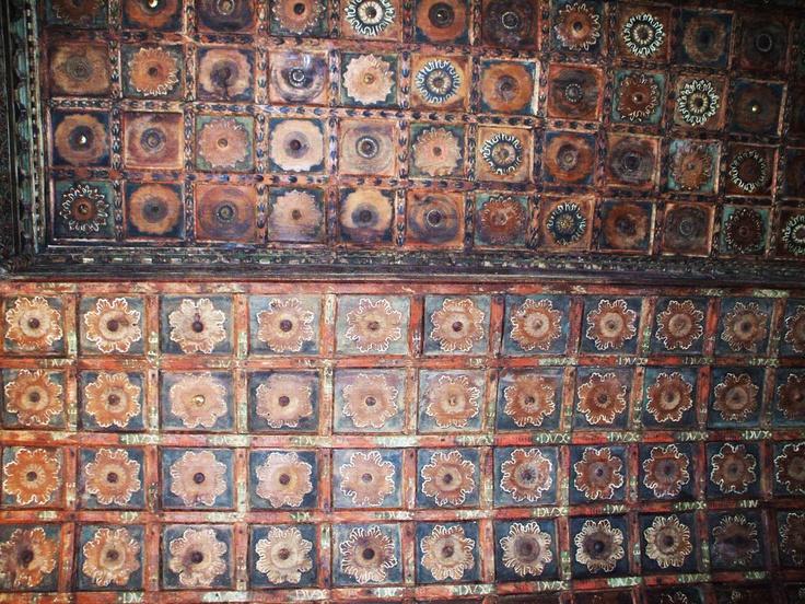 particolare di soffitto a cassettoni / pinacoteca Vernarecci_ Fossombrone