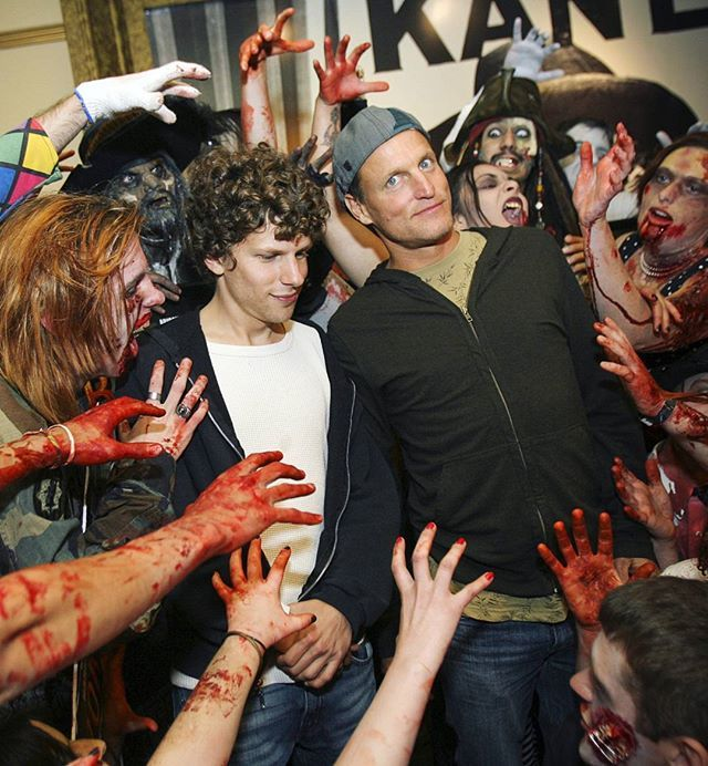 They're literally too cute to get eaten by a zombie  #jesseeisenberg #woodyharrelson #zombieland #zombie #halloween