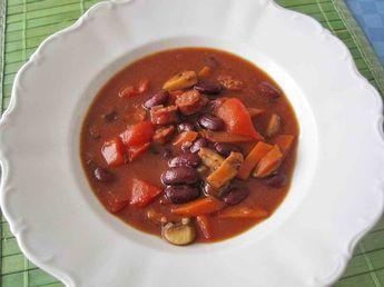 Rote Bohnen - Suppe mit Paprika und Tomaten, ein schönes Rezept aus der Kategorie INFORM-Empfehlung. Bewertungen: 22. Durchschnitt: Ø 4,2.