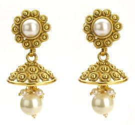 Ulitmate style choice: Polki jhumkas with white pearl. Only @INR500. shop here: www.buybejeweled.in