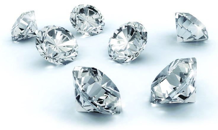 Nazwa diamentu pochodzi od greckiego słowa adamas - niepokonany, co jest związane z jego własnościami, przede wszystkim z twardością, największą spośród wszystkich minerałów.