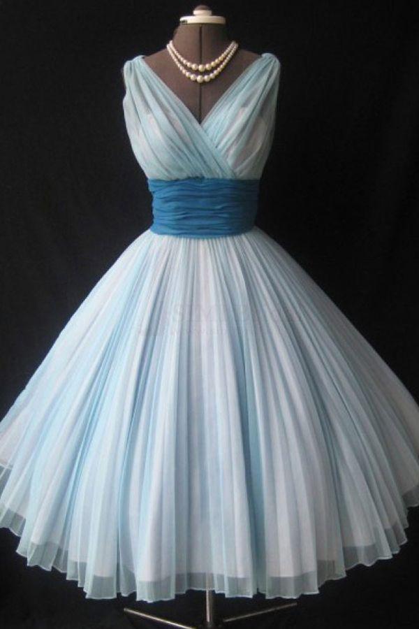 Elegant V-neck Sleeveless Knee-Length Sky Blue Homecoming Dress Ruched with Blue Sash