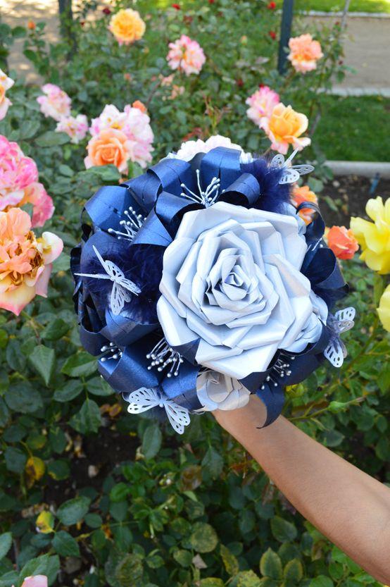 Rosa Central del ramo Blue Glam