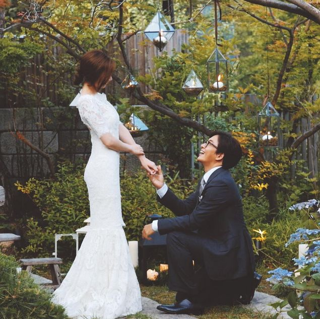 Bae Yong Joon and Park Soo Jin are married!