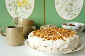 Exact. Nu este un tort anume, ci tortul. Pentru că este de departe unul dintre cele mai bune pe care le-am făcut (deşi eu nu prea am făcut t...