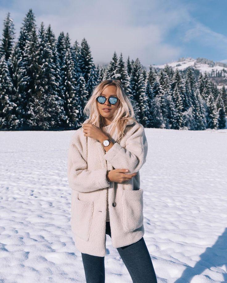 """JANINE auf Instagram: """"(Anzeige / Advert) Sonnige Wintertage ☀️ Tragen von @kaptenandson Sonnenbrillen & Uhr 💭 #bekapten"""""""