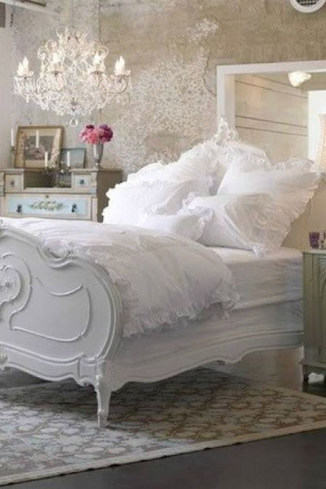 Hints From French Style Interior Design Often Show In Shabby With Images Shabby Chic Bedroom Furniture Chic Bedroom Decor Country Chic Bedroom
