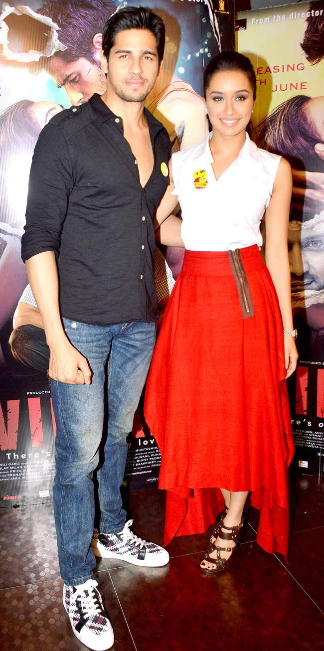 Sidharth Malhotra and Shraddha Kapoor at an event to promote their film 'Ek Villain'. #Style #Bollywood #Fashion #Beauty