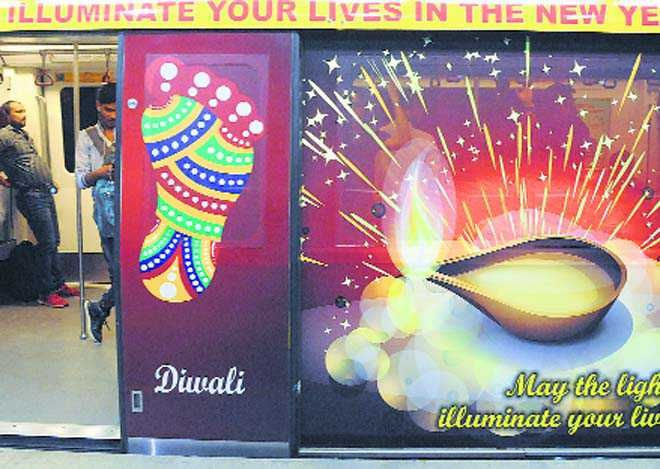 NEW DELHI: The Delhi Metro Rail Corporation (DMRC) in its endeavour to spread the message of cleanliness and to promote clean and green environment today launched a specially decorated train with slogans on 'Swacchta' and greetings on the occasion of Diwali.