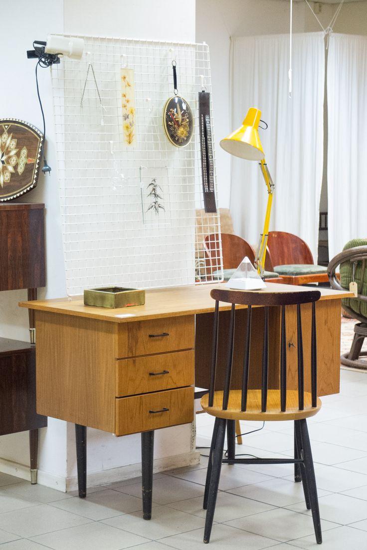 Tapiovaara desk and chair - midcentury