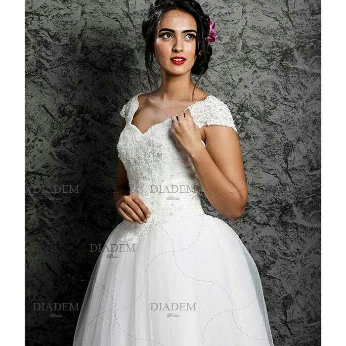 Looking To Buy A Wedding Gown Wear On Your Dream Day Shop White In Chennai At Diadem Bridal For An Affordable Price With Numerous Designs