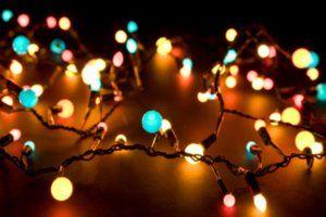 Natal! Esta é a estação para acender o fogo da hospitalidade no corredor, o cordial fogo da caridade no coração.