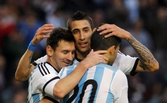 The Legend Lionel Messi: Mourinho: Messi is not demanded to achieve the Wor...