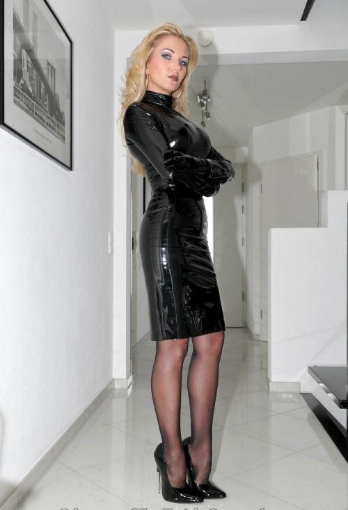 Femdom high heels and leather, amerikali naked girl