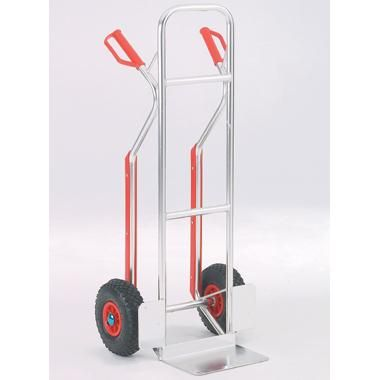 Fitted with skids to ease horizontal loading. 150Kg load capacity. Body size: 1170x495x510mm. Foot plate 305x234mm. Pneumatic tyred wheels. - See more at: https://actionhandling.co.uk/Our-Store/c/trucks/p/aluminium-truck#sthash.659KPaj7.dpuf