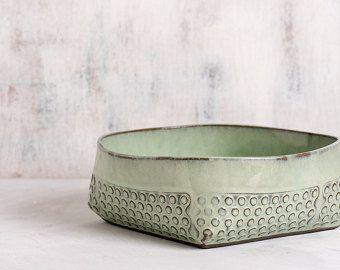 Mint groene keramische kom, keramische slakom, polka dot moderne portie bowl, decoratieve kom, handgemaakt aardewerk fruitschaal, Housewarming cadeau