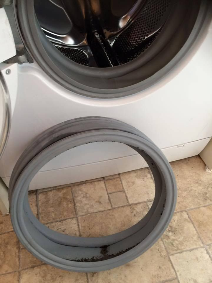 washing machine door seal replacment, £55.00 #washingmachinerepairs #appliancerepairsbenfleet