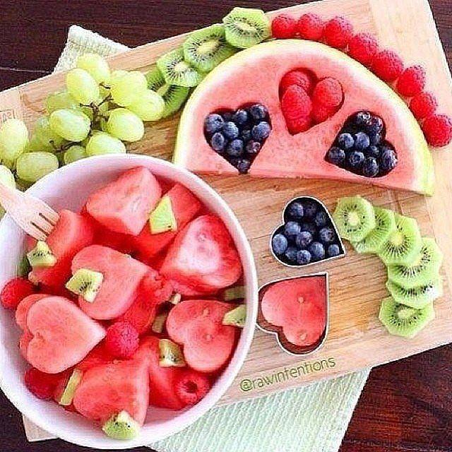 Pretty fruit creations.   Pretty fruit creations. Source: Instagram user fltness