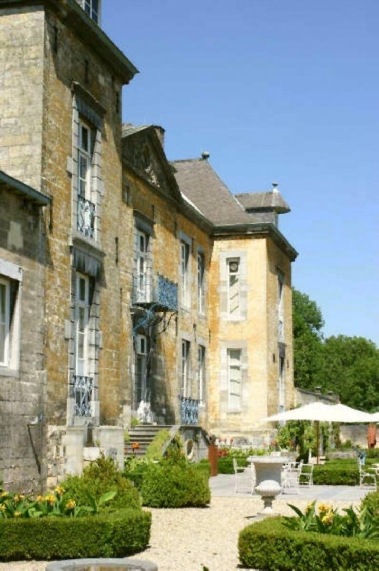 vooringang chateau Neercanne, Maastricht - https://m.dinnersite.nl/restaurant/5456/Chateau_Neercanne/Maastricht/Limburg/?rc=avrhjr_zrahxnnegra#Reviews