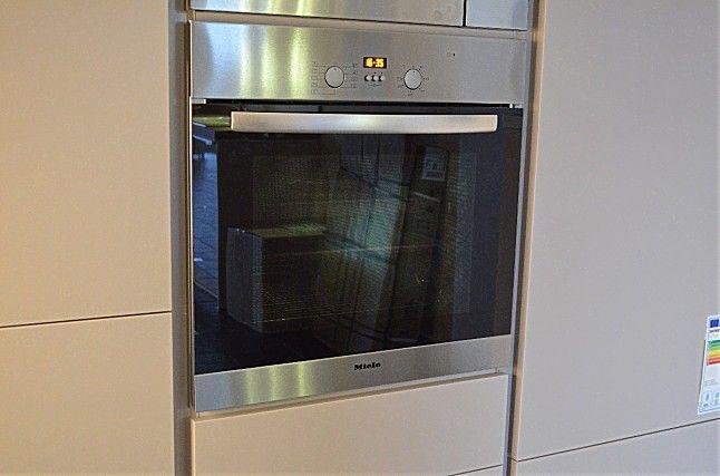 Backofen H4114B Miele Einbaubackofen: Miele-Küchengerät von Küchen Nageler in Elsfleth