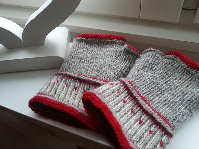 44 Best Crochet Gloves Images On Pinterest Fingerless Gloves
