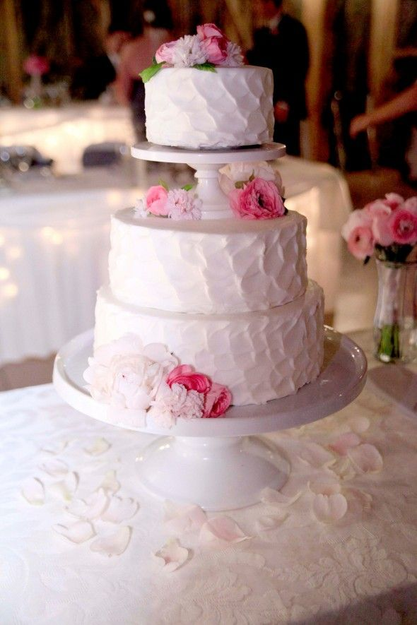 wedding cake frosting crisco pink and white weddings buttercream frosting and white 22730