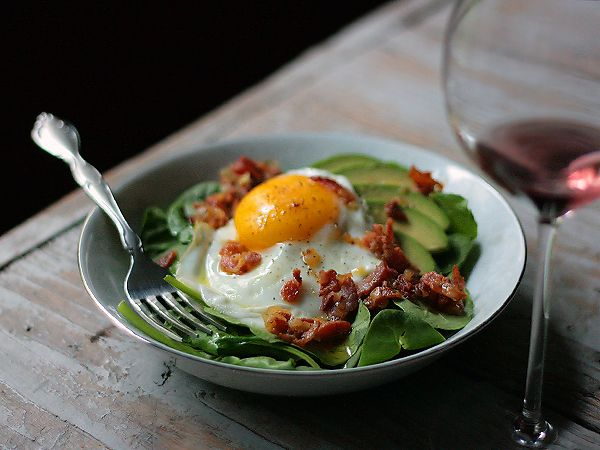 Spinach Avocado Salad with Bacon Vinaigrette and Fried Egg - This looks like a great breakfast to me!