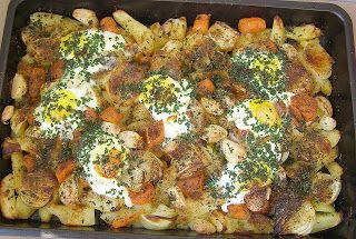 W Mojej Kuchni Lubię.. : pyszne warzywno- jajeczne danie na obiad z piekarn...