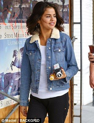 denim jacket with fleece collar womens