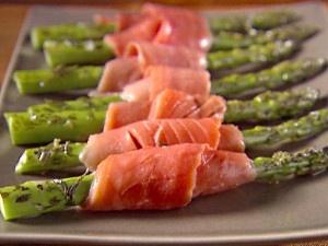 Azúcar, Canela y Miel: Rollo de salmon y esparrago