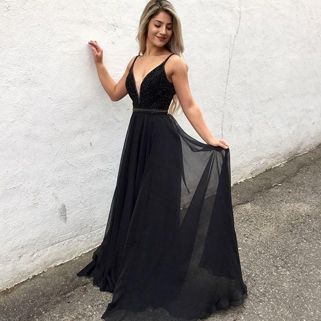 Sleeveless Prom Dresses V-Neck Evening Party Dress A-Line