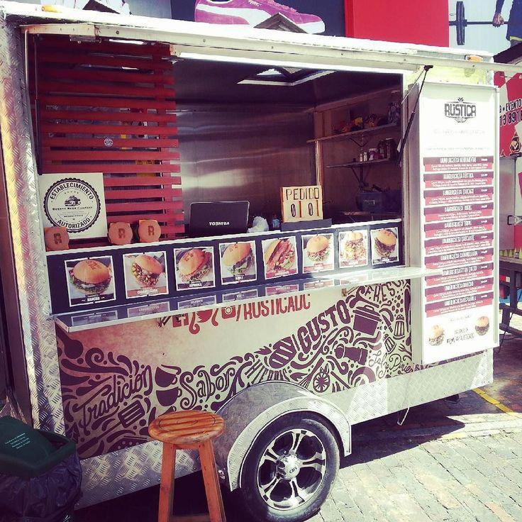 Hoy regresa @rusticadc a la calle 81 en el #foodtruckmarket . Encuentranos en el parqueadero frente al CC Atlantis  frente al Foodtruck Park . A partir del martes estaremos en el Foodtruck Park #foodtrailer #HamburguesasArtesanales #Hamburguesas #burger #foodtruckmarket #Bogota by rusticadc
