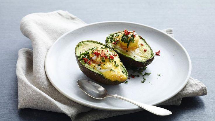 Bagt avocado med æg Bitz' Store Kur: frokost: