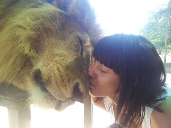 Lujan Zoo- Argentina, you can cuddle with the Lions Tigers and Bears, Oh MY! I MUST GO HERE TO LIIIIIIVEEEE!!!!!!