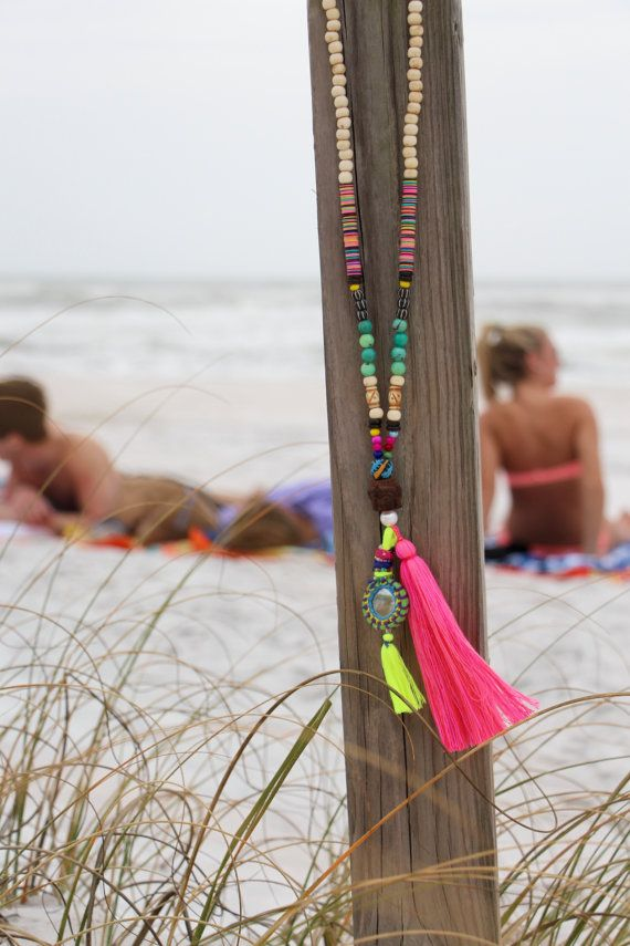 JUST in time for the BEACH..!! Colorful, playful, one-of-a-kind fun. A long, statement-making tassel mala that youll want to throw on with your favorite white linen tunic and flip flops all summer long. :)  My goal is to make each of these necklaces unique; its a way to keep the designing fun for me, while each wearer can enjoy a one-of-a-kind piece. Yours may be ever-so-slightly different from the original, which has sold. :)) This beach mala features a hot pink and magenta long tassel…