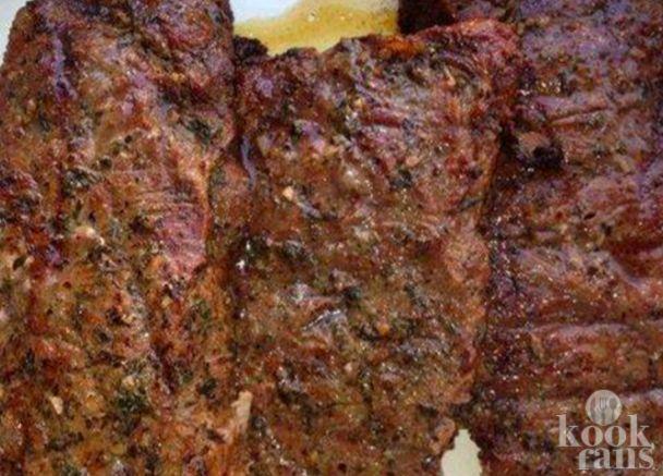 Dit is echt de lekkerste marinade die je ooit hebt gegeten! Probeer het vanavond op je stukje vlees!