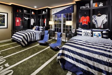 Any athlete would be thrilled to sleep in this locker room themed room! (The Columbia II Farmhouse - Lenah Mill, VA)
